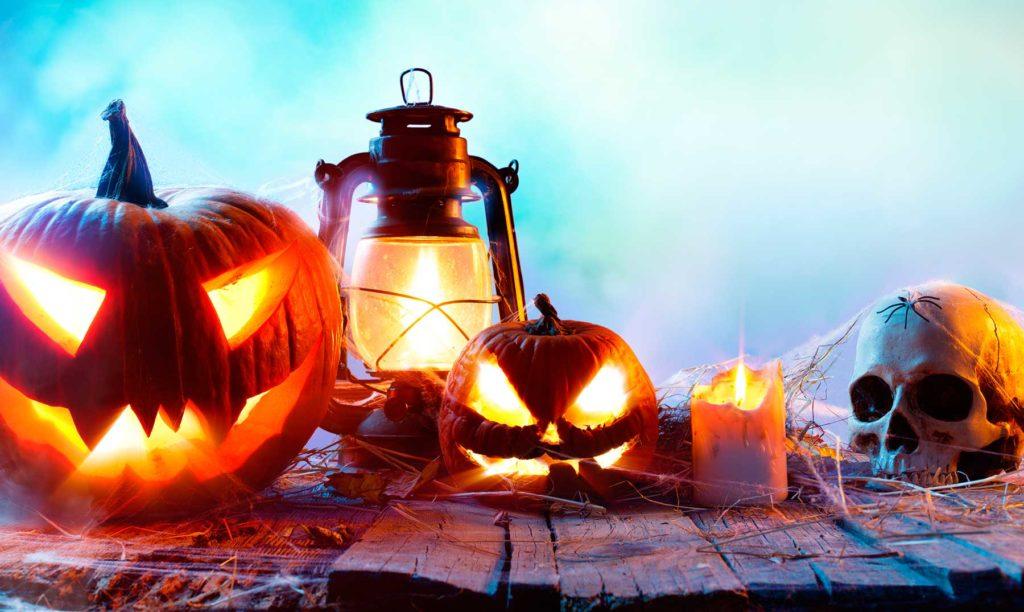 calabazas y lamparas de halloween