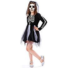 niña con disfraz de esqueleto