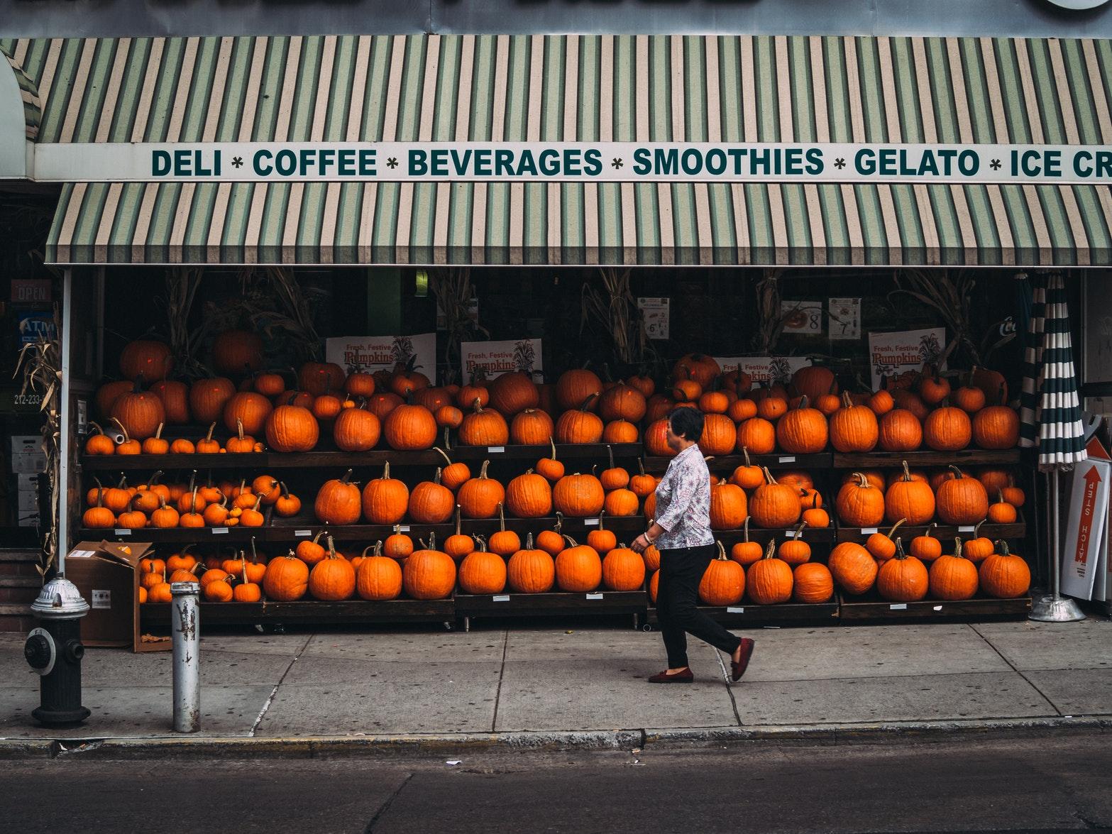 venta de calabazas en halloween