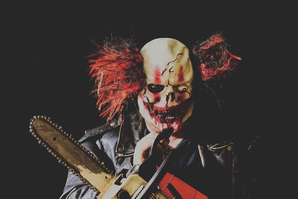 payaso de halloween asesino