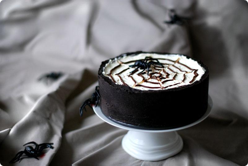 tarta decorada de araña de oreo